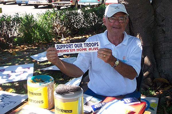 good-of-doug-f-at-table-with-support-troops_std-copy